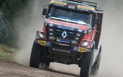 Van den Brink en De Baar brengen Mammoet-trucks aan de finish