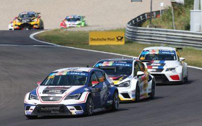 TCR Benelux 2017  In het voorprogramma van Jumbo Familie Racedagen 'driven by Max Verstappen'