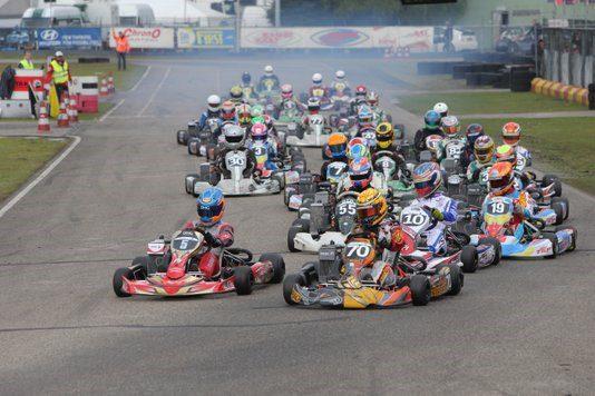 Start 84 Autosportmagazine Nederlands Kampioenschap Karten 20 21 Mei In Berghem