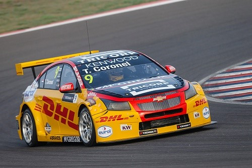Tom Coronel pakt dubbele Top 10 en kostbare punten tijdens FIA WTCC races in Argentinië. (video)
