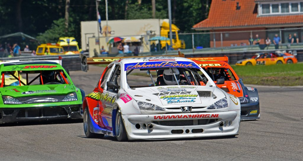 Grote internationale deelname aan Europees Kampioenschap 2.0 Hotrods tijdens speedweekend Ovalracing in Ter Apel