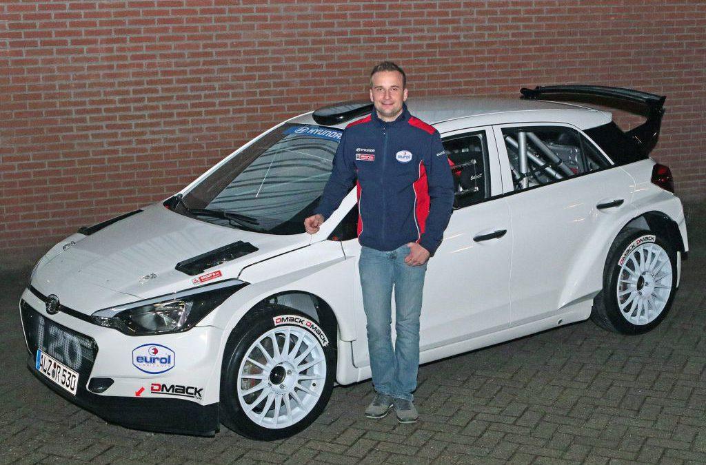 Bob de Jong met steun van Hyundai Nederland in Twente Rally.