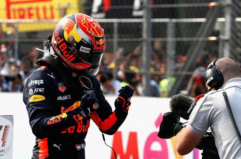 """Max Verstappen oppermachtig naar winst in Mexico: """"Auto was super"""""""