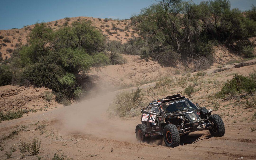 Tim en Tom Coronel snakken naar de Dakar-finish
