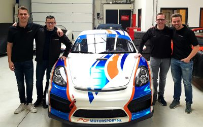 Porsche Cayman GT4 MR voor Joeri Vanhumbeeck, Marnik Battryn en Stienes Longin.