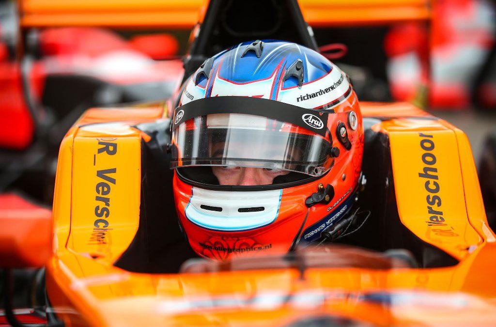 Tijdstraf berooft Richard Verschoor van vijfde plaats bij start Eurocup Formule Renault 2.0-seizoen