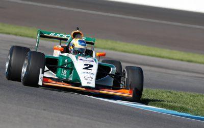 Derde plaats en crash voor Rinus van Kalmthout op Indianapolis Grand Prix Circuit