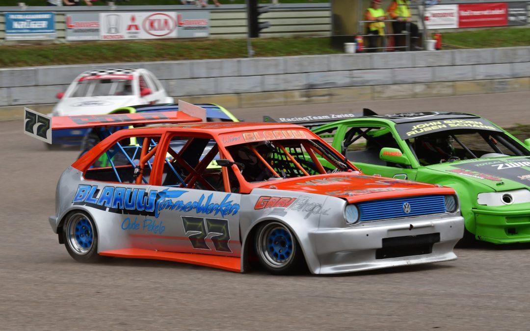 Vierde serie ovalraces met beslissing in het kampioenschap bij de Bangerstox