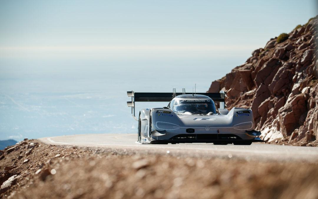 Nieuw record: Volkswagen schrijft historie met I.D. R Pikes Peak (video)