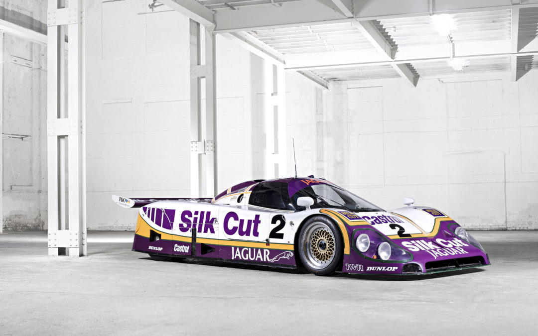 Legendarische combinatie: Andy Wallace met Jaguar XJR-9 in actie op Historic Grand Prix Zandvoort