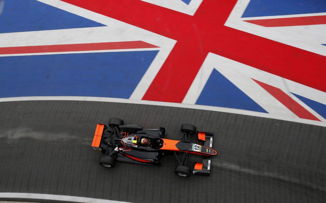 Van Amersfoort Racing F3 drivers gain experience at Silverstone