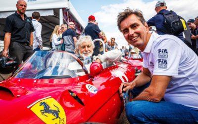 Alleen maar lachende gezichten tijdens Historic Grand Prix Zandvoort