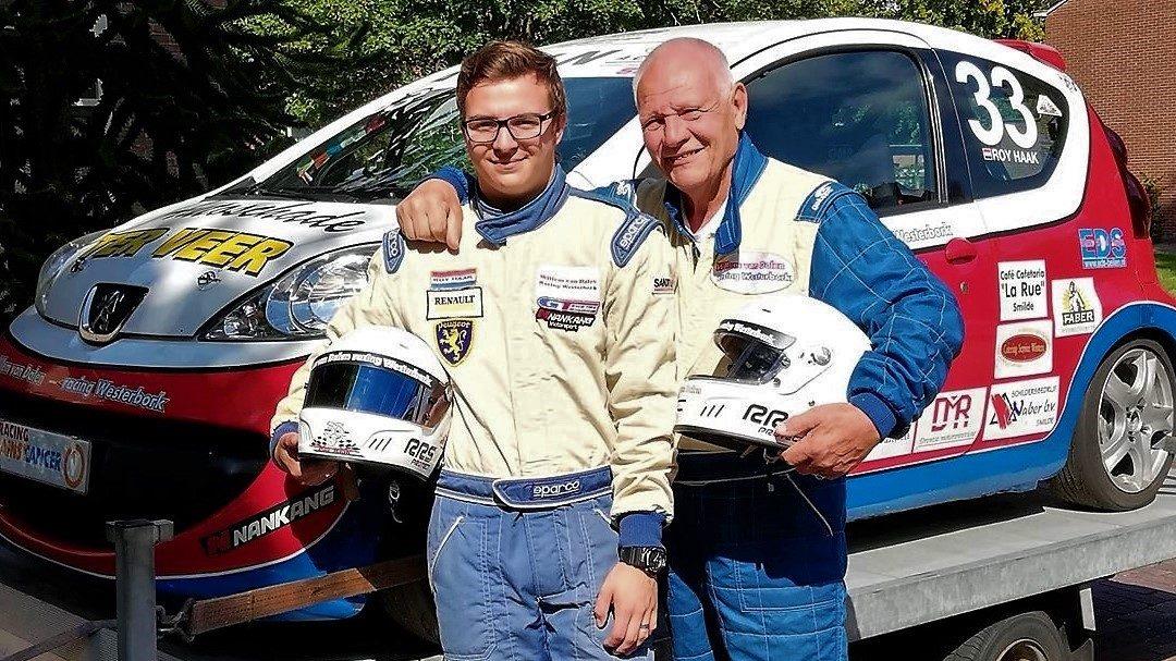 """Twee Börker autocoureurs in één startveld, Roy Haak en """"opa"""" Willem van Dalen uit Westerbork"""