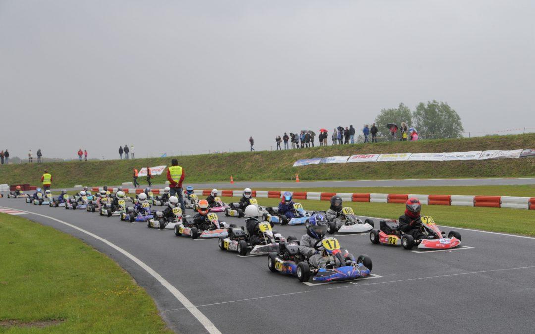 Start Nederlands Kampioenschap 4 takt Chrono karting voor het eerst op Kartcentrum Lelystad