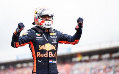 """Max Verstappen wint knotsgekke Duitse Grand Prix: """"Geweldig om te winnen"""""""