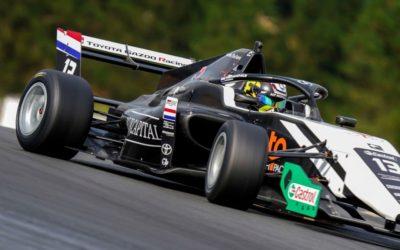 Eerste punten voor Tijmen van der Helm bij debuut in Toyota Racing Series