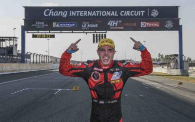 Schitterend succes voor autocoureur Joey Alders: kampioen in het Asia F3 Championship met 11 podiums en 5 zeges