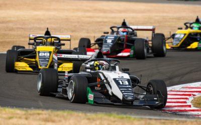 Autocoureur Tijmen van der Helm sluit campagne in Nieuw-Zeeland af met racewinst!