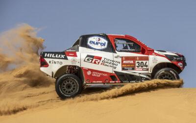 Toyota GAZOO Racing met vier teams en Toyota Hilux aan start Dakar 2021