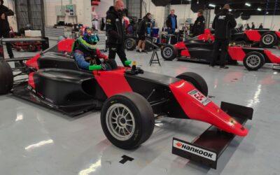 Rik Koen stapt met MP Motorsport over naar Spaans Formule 4-kampioenschap