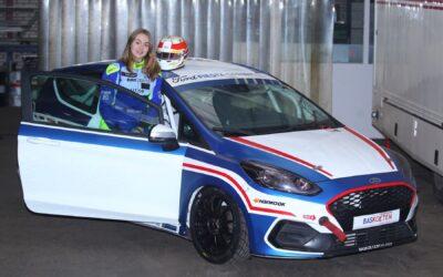 Girlpower in de autosport met Lisette Grinwis