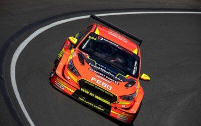 Comeback van Stan van Oord met overwinning in Supercar Challenge