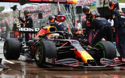 """Max met beschadigde auto tiende in Grand Prix van Hongarije: """"Teleurstellend"""""""